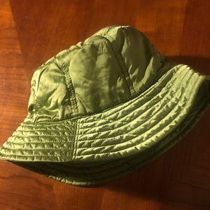Eddie Bauer green down filled men/women bucket hat